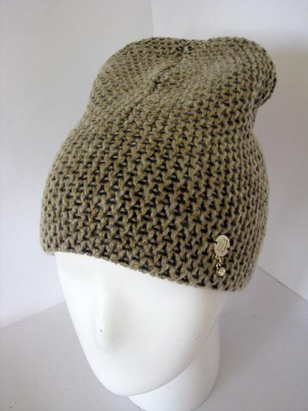 Женская шапка Sofia